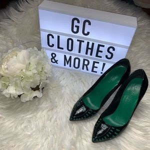 Chanel Black Patent Leather Green Cut Out Pumps